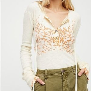 NEW We The Free People Magnolia Ivory Henley Tee S